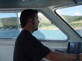 Piloto barco de investigación Polybius © EBMG